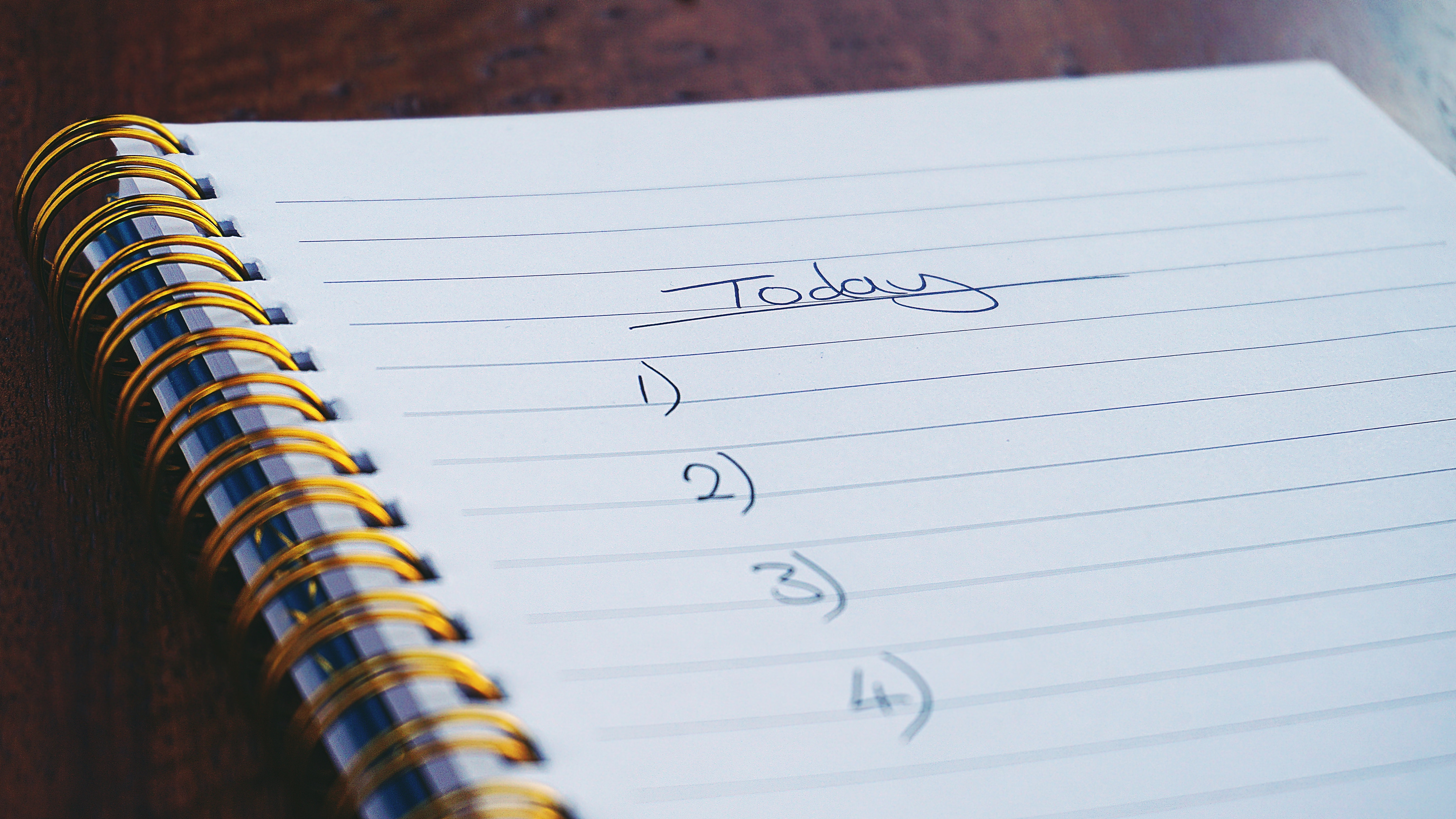 Why rely on your to-do list when you can set up automatic reminders?