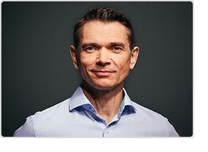 GMX Produkt-Vorstand Alex Charles